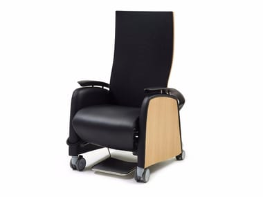 Leather armchair with armrests with castors JAMES