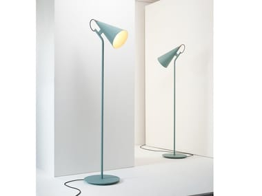 Lampadaire LED orientable en fer JEENA | Lampadaire