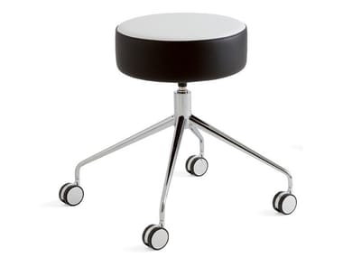 Expanded polyurethane stool with castors KAT | Office stool with castors
