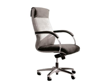 Swivel executive chair with 5-spoke base with armrests KID