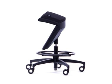 Height-adjustable ergonomic fabric office stool with 5-Spoke base KINEMA® BLACK EDITION
