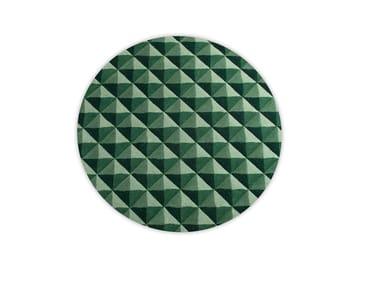 Handmade round wool rug with optical pattern KNURLED | Round rug