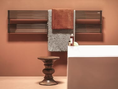 Hot-water wall-mounted towel warmer KUBIK | Towel warmer