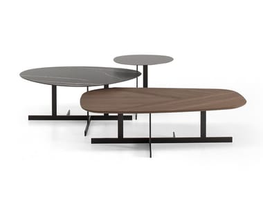 Tavolino di servizio con piano in legno o in ceramica KUMO
