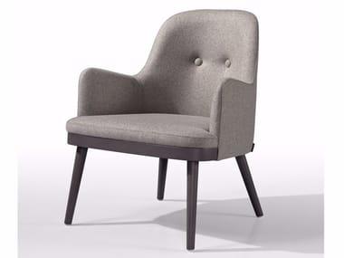 Cadeira lounge capitonê de tecido com braços KELLY MASS BO