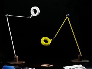 Candeeiro de mesa LED de alumínio para escritório com braço articulado L'AMICA | Candeeiro de mesa para escritório