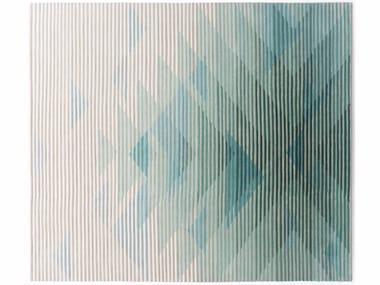 Handmade rectangular fabric rug with optical pattern LAKE GREEN