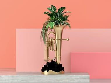 Cast iron planter / sculpture LALALA