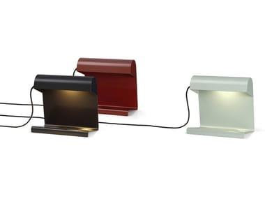 Lampada da tavolo a LED in lamiera LAMPE DE BUREAU