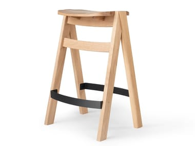 High stackable oak stool with footrest LAP