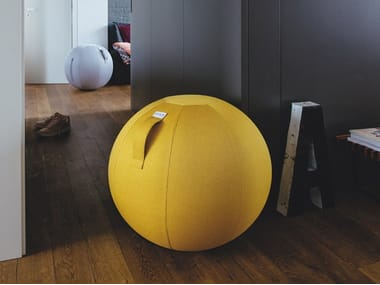 Inflatable polyester pouf with removable lining LEIV