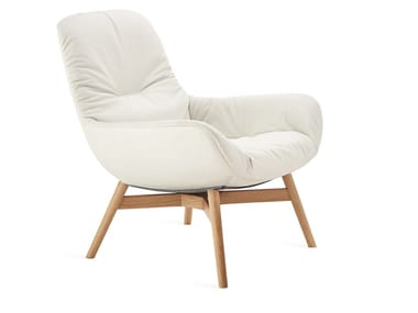 Leather armchair with armrests LEYA LOUNGE | Armchair
