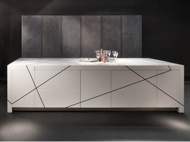 Hideaway Corian® kitchen with island without handles LIGHT