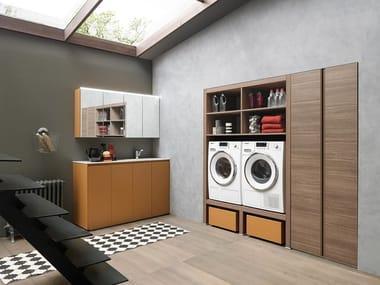 Mobili per lavanderia con elementi contenitori LIME WASH | Composizione 02