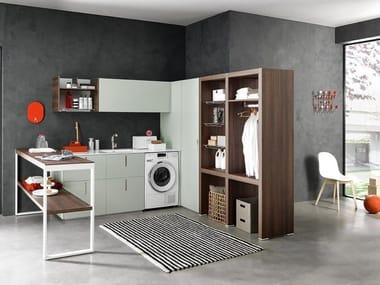 Mobili per lavanderia con elementi contenitori LIME WASH | Composizione 06