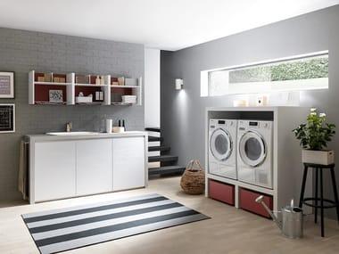 Mobili per lavanderia con elementi contenitori LIME WASH | Composizione 07