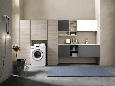 Mobili per lavanderia con elementi contenitori LIME WASH | Composizione 08