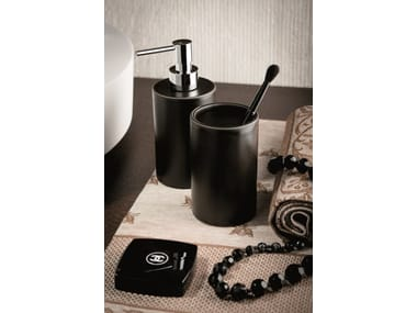 Countertop toothbrush holder LINFA - O'RAMA ACCESSORIES | Countertop toothbrush holder