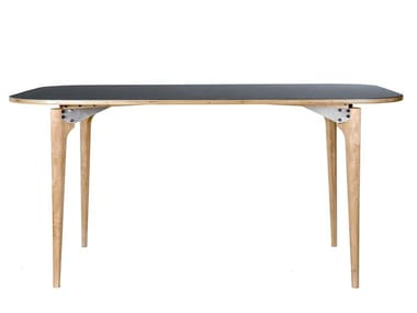Dining table LOFTED | Table