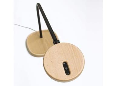 Lampada da scrivania a LED orientabile in legno LOOLA WOOD