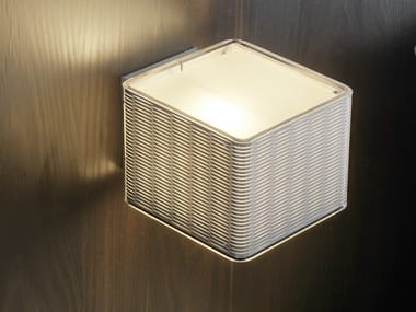 Methacrylate wall light LOUNGE