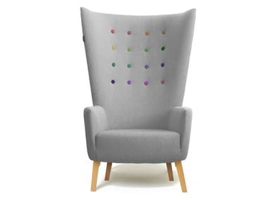 Wing tufted fabric armchair with armrests LOVEDUP | Armchair