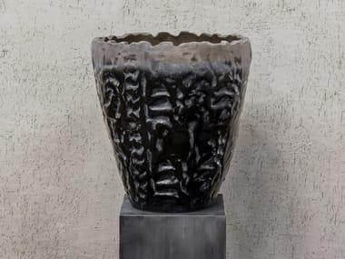Vaso da giardino basso fatto a mano in terracotta LUANDA