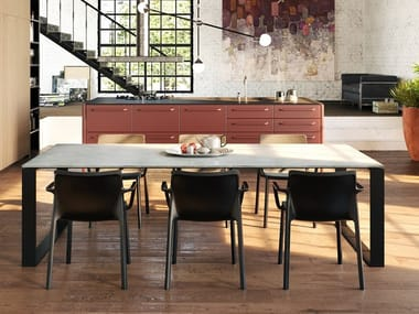 Concrete And Cement Based Materials Restaurant Tables Archiproducts