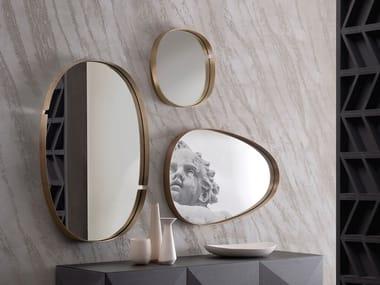 Espelho moldurado de metal de parede LUMIERE | Espelho