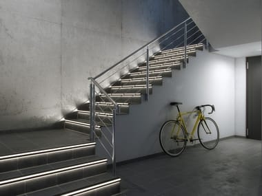 Profilo paragradino in alluminio con LED LUMINES SCALA Industrial stairs lighting