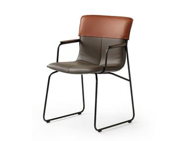 Sedia a slitta in pelle con braccioli LX680 | Sedia a slitta