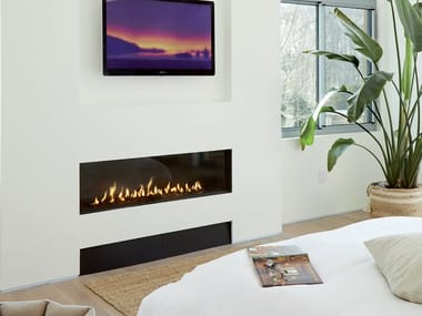 Gas closed built-in fireplace LINEA 150