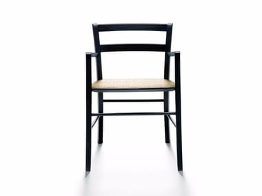 Chair with armrests M16