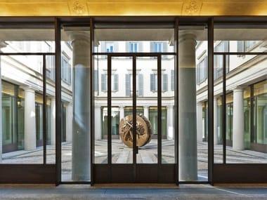 Porta-finestra a battente a taglio termico in metallo M55 | Finestra a battente