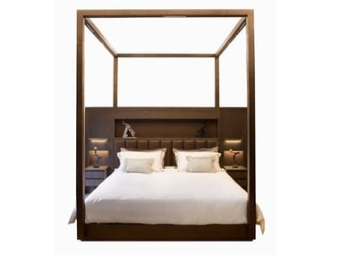 Wooden canopy bed MALAQUAIS