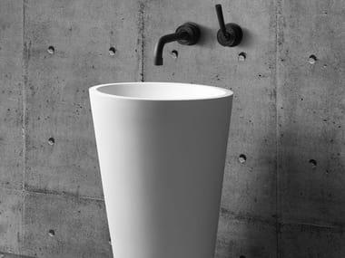 Freestanding oval washbasin MANGO