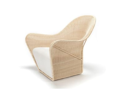 Rattan armchair with armrests MANTA