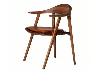 Solid wood chair with armrests MANTIS | Chair