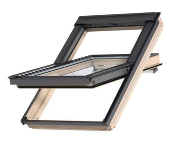 Centre-pivot Manually operated roof window MANUAL GGL - NATURAL WOOD