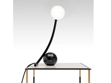 Direct light table lamp MATERICA