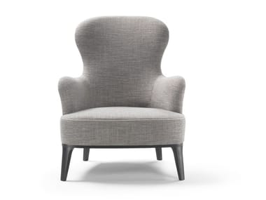 Armchair with armrests MEMOIRE