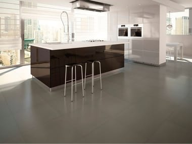 Porcelain stoneware wall/floor tiles with concrete effect with resin effect METEOR