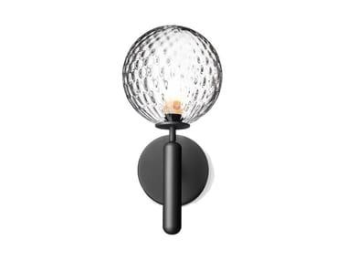 Lampada da parete a luce diretta in vetro soffiato MIIRA OPTIC | Lampada da parete