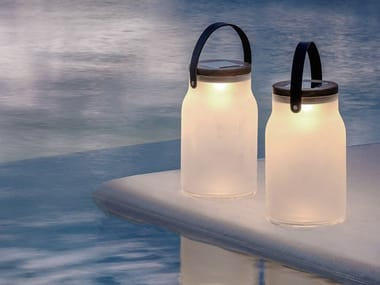 Solar powered sandblasted glass Outdoor table lamp MILK