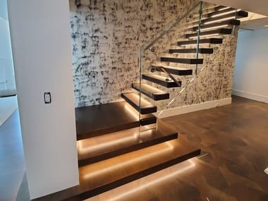 L-shaped LED wooden Open staircase MISTRAL LED