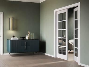 Porta a battente laccata in legno e vetro MILIA | Porta in legno e vetro