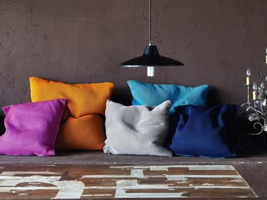 Square fabric cushion with removable cover MORFEO