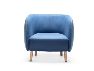 Fabric armchair with armrests MOUSSE P
