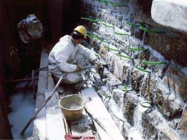 Boiacca di calce pozzolanica per consolidamento di murature MasterInject 222