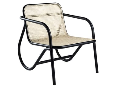 Wooden easy chair with armrests N.200